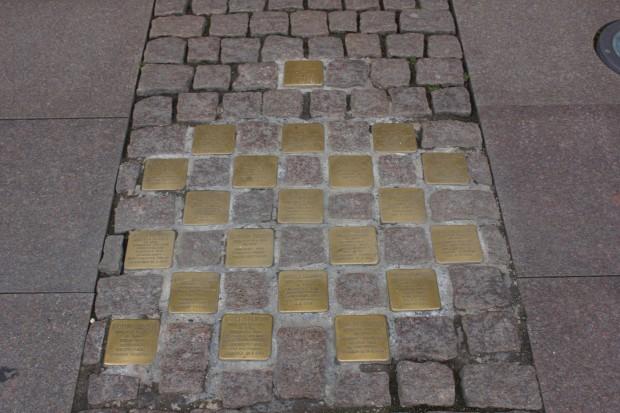 Stolpersteine am Rathausmarkt
