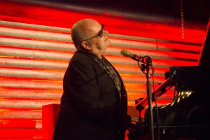 Ian Shaw singt mit jeder Faser seines Körpers