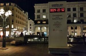 Uhr zählt Countdown zum Olympia-Referendum