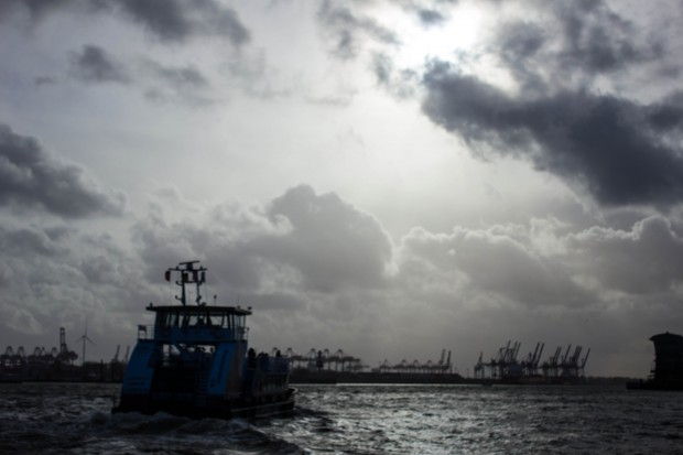 Sturm im Hamburger Hafen