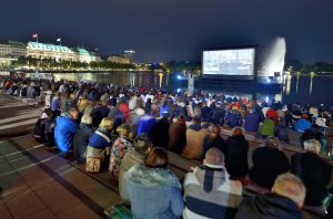 Filmfest Open Air am Jungfernstieg