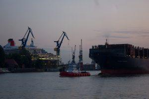 Queen Mary 2 bei Blohm + Voss