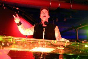 Felix Jaehn beim Zusatzkonzert in der Tiefgarage der Elbphilharmonie