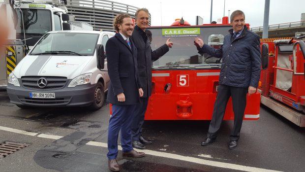 Johannes Lehken von Neste, Staatsrat Andreas Rieckhof und Geschäftsführer Michael Eggenschwiler