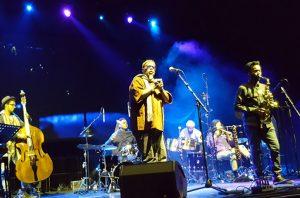 Dwight Trible auf dem ÜBERJAZZ Festival