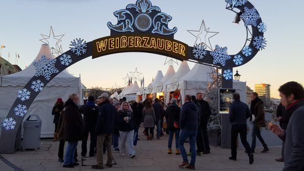 Jungfernstieg Weihnachtsmarkt.Weisserzauber Am Jungfernstieg Hamburg City Webguide