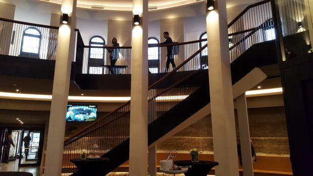 Der neue Eingangsbereich im Sockel des Planetariums
