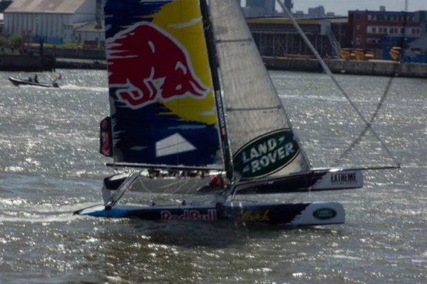 Das Red Bull Team bei den Extreme Sailing Series in der HafenCity