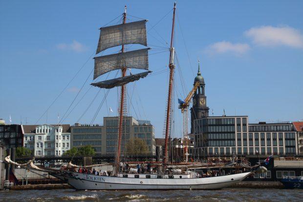 Traditionsschiffe am 828. Hafengeburtstag