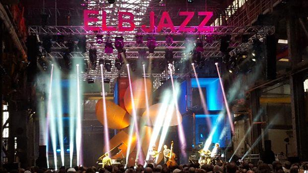 Die Bühne in Alte Machinenbauhalle beim ELBJAZZ Festival