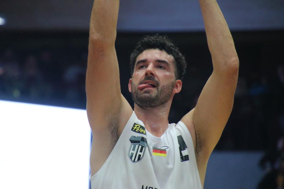 Jannik Freese