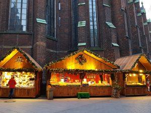 Weihnachtsmarkt Petrikirche
