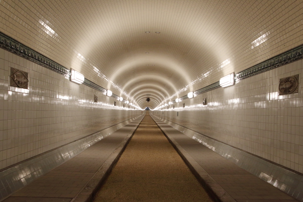 Oströhre Alter Elbtunnel