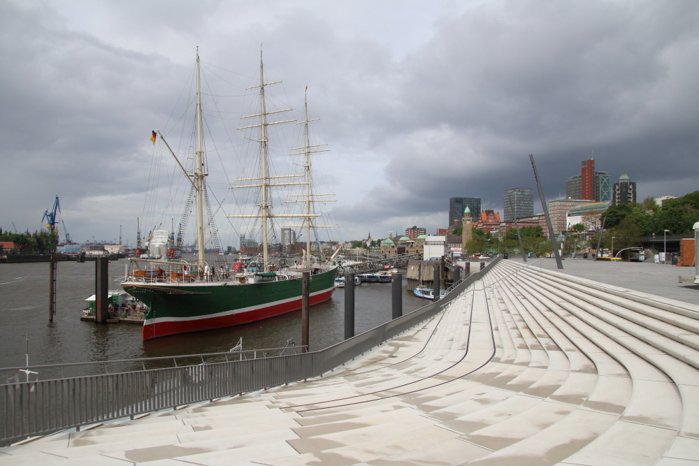 Der neue Elbe Boulevard ist Teil der Hochwasserschutzanlage