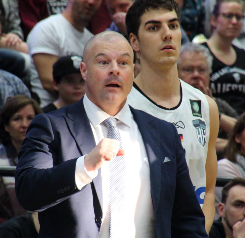 Coach Mile Taylor mit Max Montana