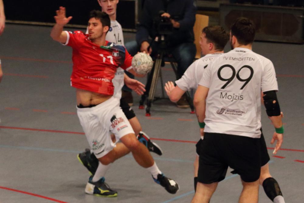 Jannik Hausmann beim HSVH Debüt