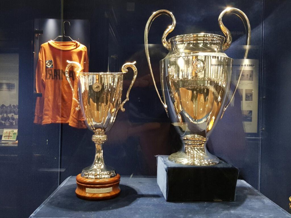 Pokale des HSV