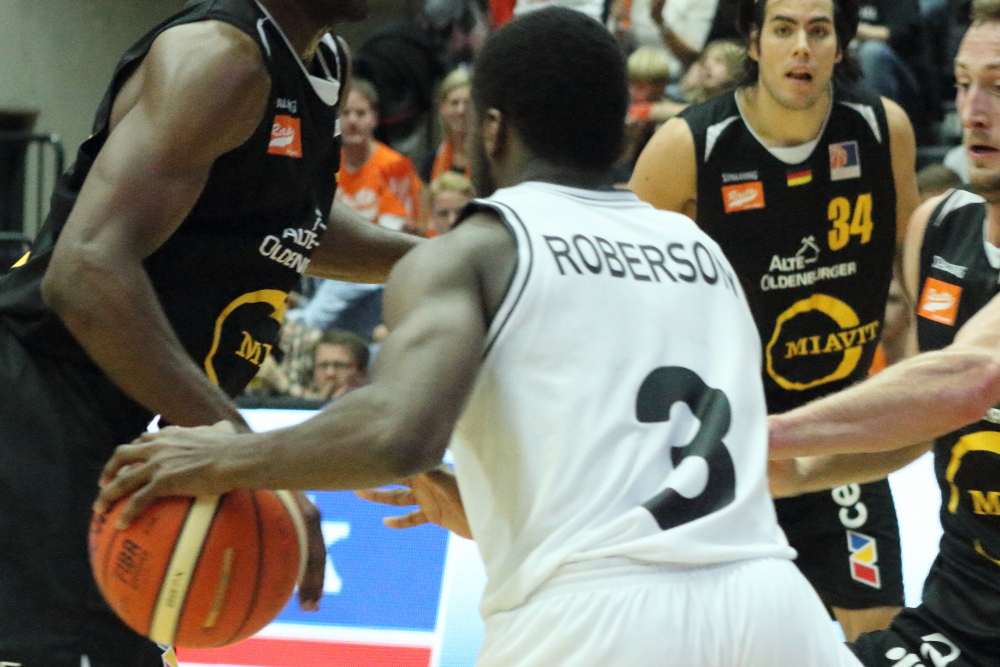 Xavier Roberson